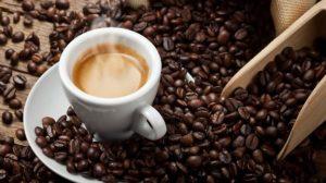 Come bere il caffè per schiogliere grasso
