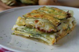 Parmigiana bianca di zucchine e patate: gustosa, con pochissime calorie, adatta alla dieta