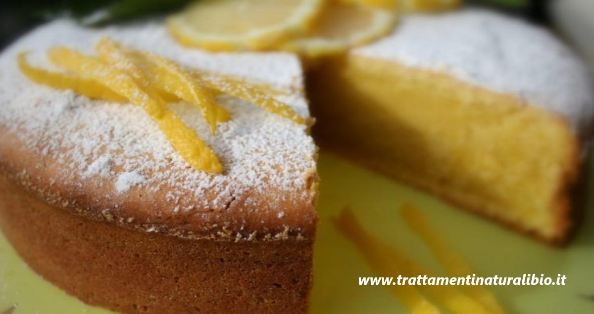 Torta limone e yogurt: facile da preparare, sana e povera di calorie, senza burro e senza olio. Ecco la ricetta