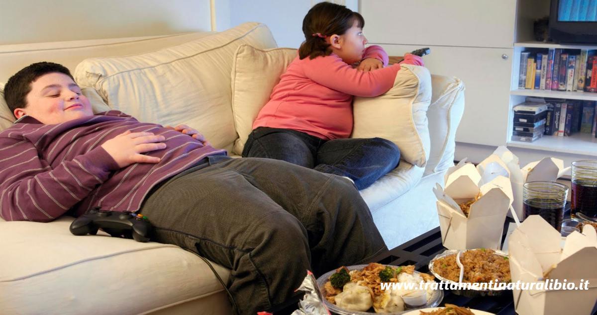 Obesità infantile: 7 consigli per evitarla e combatterla