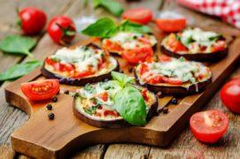 Pizzette di melanzane al forno veloce, sfiziosa e light