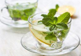 Acqua di menta: la bevanda rinfrescante che da energia, e non solo