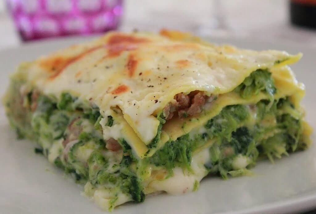 Lasagna cime di rapa e salsiccia: sana, gustosa e leggera