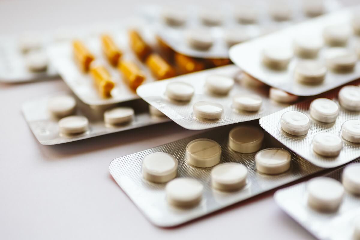 Questi 105 farmaci fanno più male che bene: La lista aggiornata per il 2020