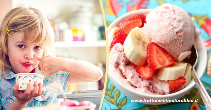 Gelato fatto in casa senza gelatiera: gustoso e sano pronto in 3 minuti